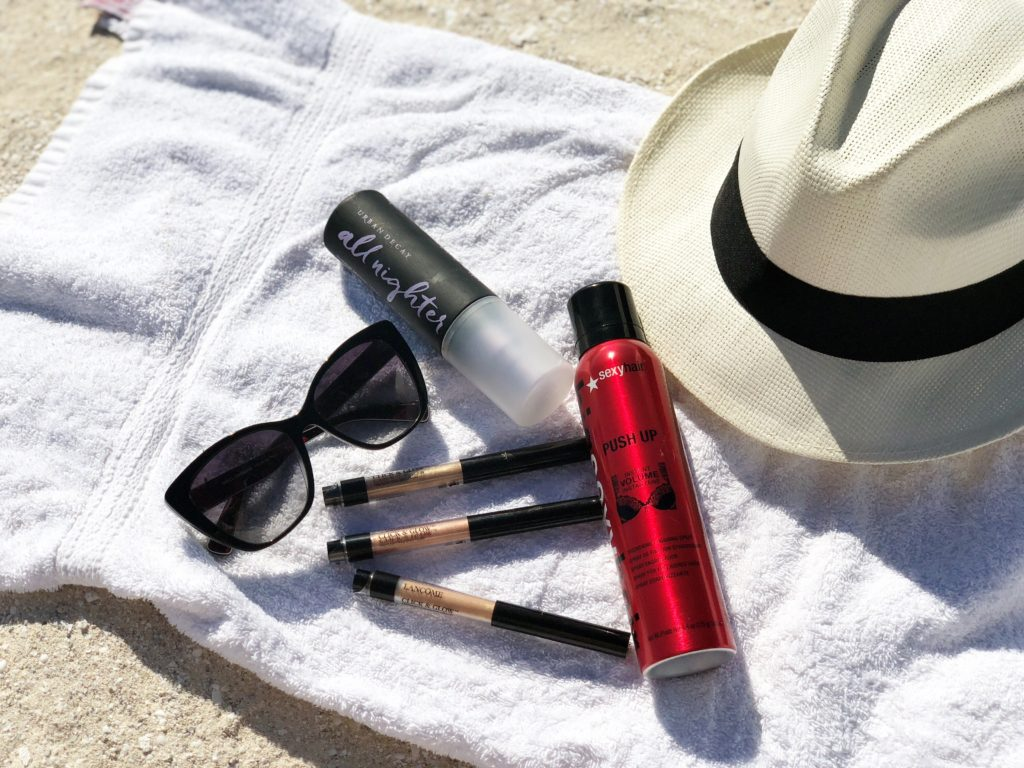 What's in My Bag Beach Edition