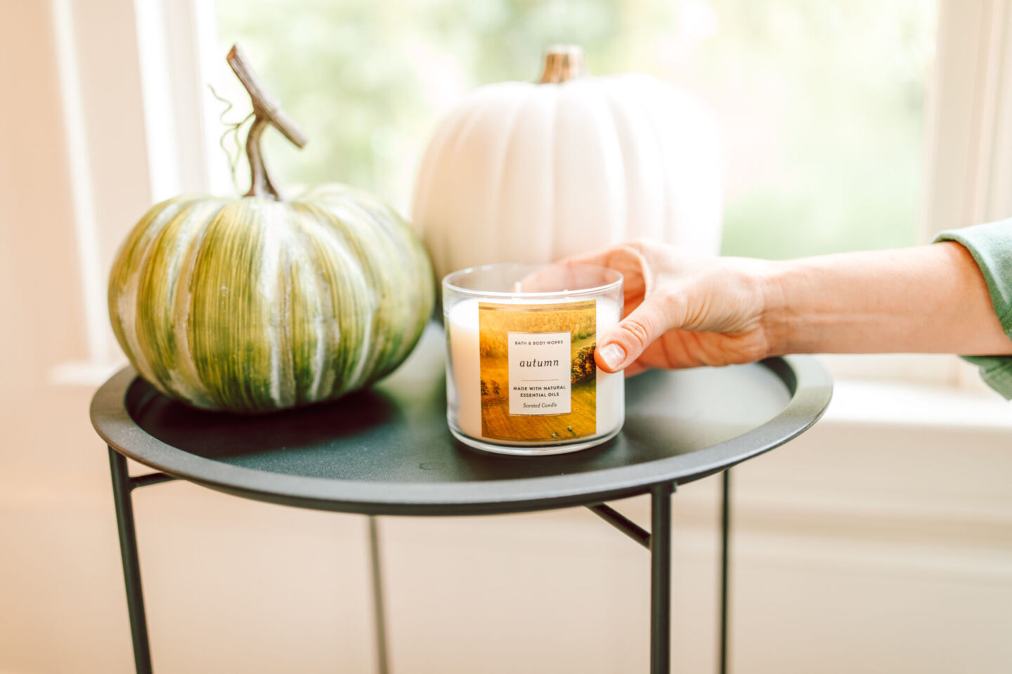 It's easier to live a luxurious life than you might think. Incorporating these fall essentials for a luxurious lifestyle will have you ready to embrace fall